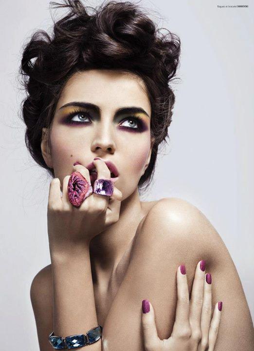 Guilaine Frichot makeup artist (maquilleur). Work by makeup artist Guilaine Frichot demonstrating Beauty Makeup.Bracelet,RingBeauty Makeup Photo #48546