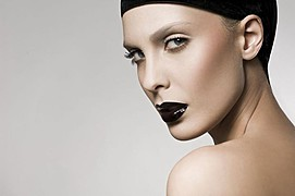 Guilaine Frichot makeup artist (maquilleur). Work by makeup artist Guilaine Frichot demonstrating Beauty Makeup.Beauty Makeup Photo #48800