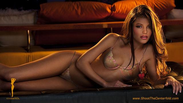 Gyongyi Papai model. Photoshoot of model Gyongyi Papai demonstrating Body Modeling.Body Modeling Photo #75452
