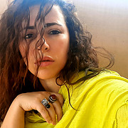 Hania Mansour Model
