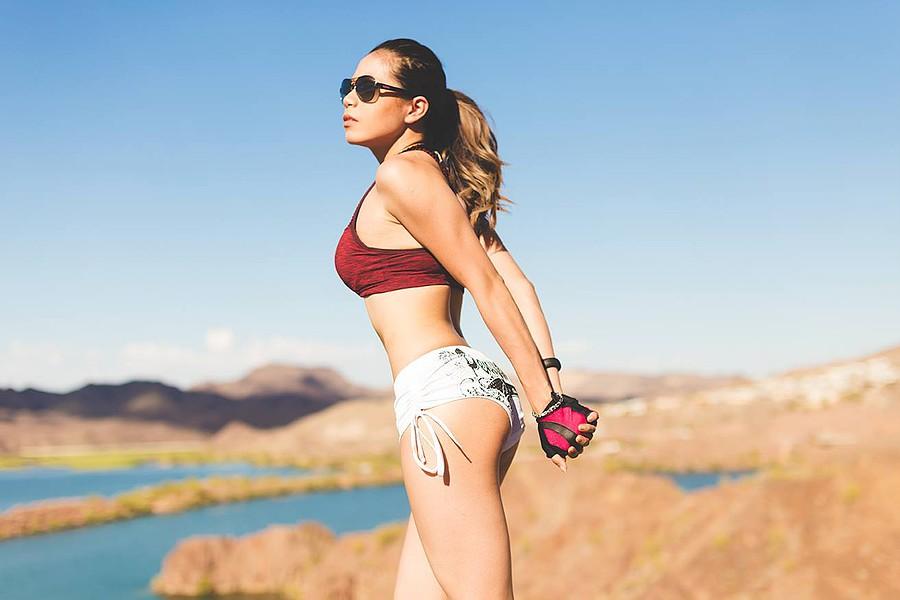 Hanna Joy model. Photoshoot of model Hanna Joy demonstrating Body Modeling.Body Modeling Photo #127449