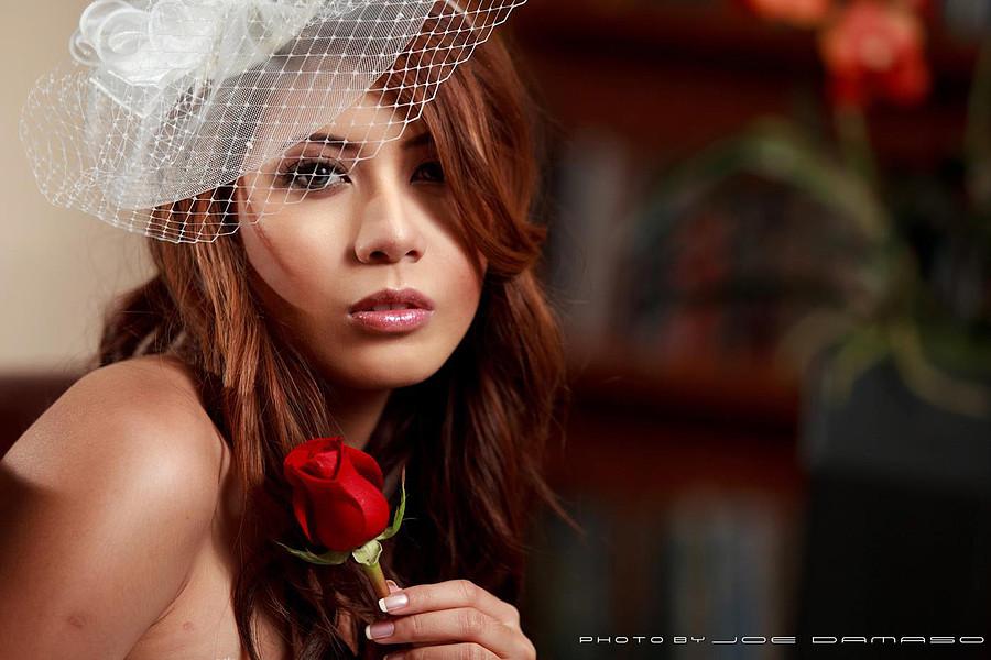 Hanna Joy model. Photoshoot of model Hanna Joy demonstrating Face Modeling.Face Modeling Photo #127475