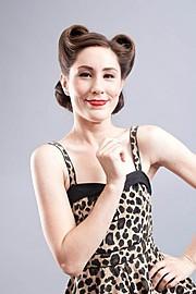 Hanna Laura Olafsdottir makeup artist & hair stylist (sminka & hársnyrtir). Work by makeup artist Hanna Laura Olafsdottir demonstrating Beauty Makeup.Beauty Makeup Photo #166467