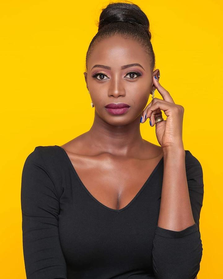 Hellen Mwanzia model. Photoshoot of model Hellen Mwanzia demonstrating Face Modeling.Face Modeling Photo #214629