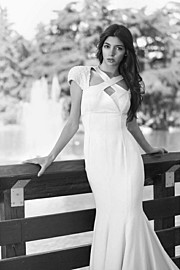 Hilary Merlini model (modella). Photoshoot of model Hilary Merlini demonstrating Fashion Modeling.Fashion Modeling Photo #183570