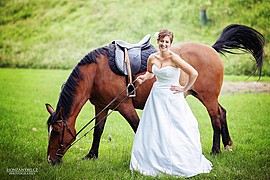 Honza Nyms photographer (Honza Nymš fotograf). Work by photographer Honza Nyms demonstrating Wedding Photography.Wedding Photography,Editorial Styling Photo #60735