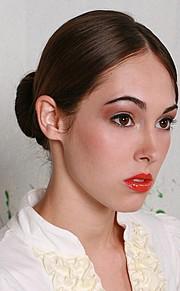 Hope Beel model. Photoshoot of model Hope Beel demonstrating Face Modeling.Face Modeling Photo #184893