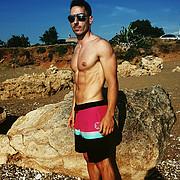 Αθλητής εδώ και αρκετά χρόνια και έχω δουλέψει παλιότερα σα μοντέλο, ανδρικά μαγιό κυρίως  I have modelled in the past, mostly for male swim