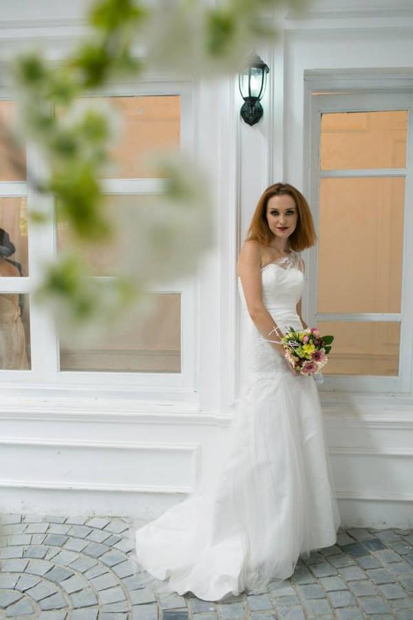 Hurry Nguyen makeup artist. Work by makeup artist Hurry Nguyen demonstrating Bridal Makeup.Bridal Makeup Photo #103028