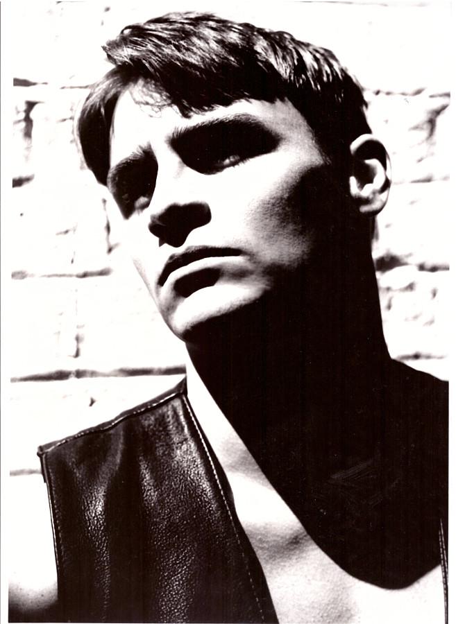 Ian Roberts model. Photoshoot of model Ian Roberts demonstrating Face Modeling.Tony HeagrenFace Modeling Photo #229018