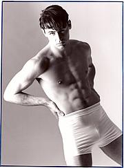 Ian Roberts model. Photoshoot of model Ian Roberts demonstrating Body Modeling.Simon PowellBody Modeling Photo #229020
