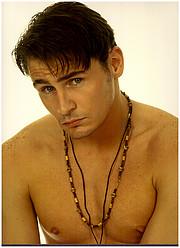 Ian Roberts model. Photoshoot of model Ian Roberts demonstrating Face Modeling.Simon PowellFace Modeling Photo #229030