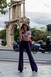 Η Ίλια Θέκλα Τουρή είναι μοντέλο και χορέυτρια απο την Αθήνα .Σε πιο μικρή ηλικια είχε κάνει αρκετές πασαρέλες για αφρικανικούς οίκους .Ξεκί