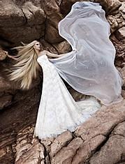 Η Ίνα Παλαμά είναι ένα διεθνές μοντέλο με έδρα την Ελλάδα. Η δουλειά της περιλαμβάνει φωτογραφήσεις και πασαρέλα για γνωστούς έλληνες και ξέ