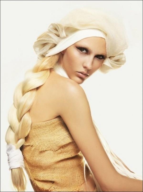 Ina Palama model (Ίνα Παλαμά μοντέλο). Photoshoot of model Ina Palama demonstrating Face Modeling.Face Modeling Photo #95673