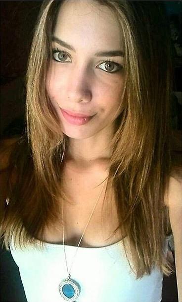 Ioanna Kalogirou model (μοντέλο). Photoshoot of model Ioanna Kalogirou demonstrating Face Modeling.Face Modeling Photo #170888