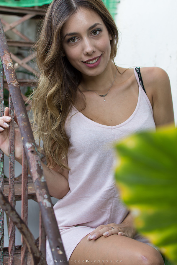 Ioanna Kalogirou model (μοντέλο). Photoshoot of model Ioanna Kalogirou demonstrating Face Modeling.Face Modeling Photo #206707