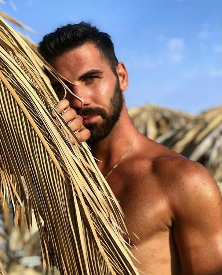 Ioannis Iliadis model (Ιωάννης Ηλιάδης μοντέλο). Photoshoot of model Ioannis Iliadis demonstrating Face Modeling.Face Modeling Photo #231511