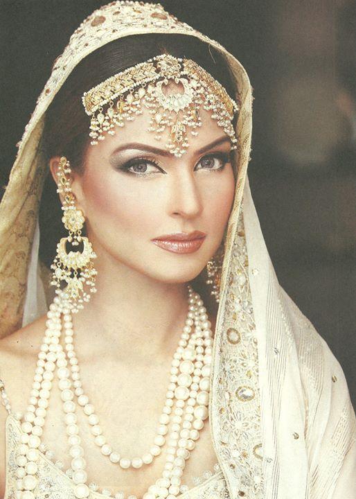 Ireen Khan makeup artist. makeup by makeup artist Ireen Khan. Photo #94540