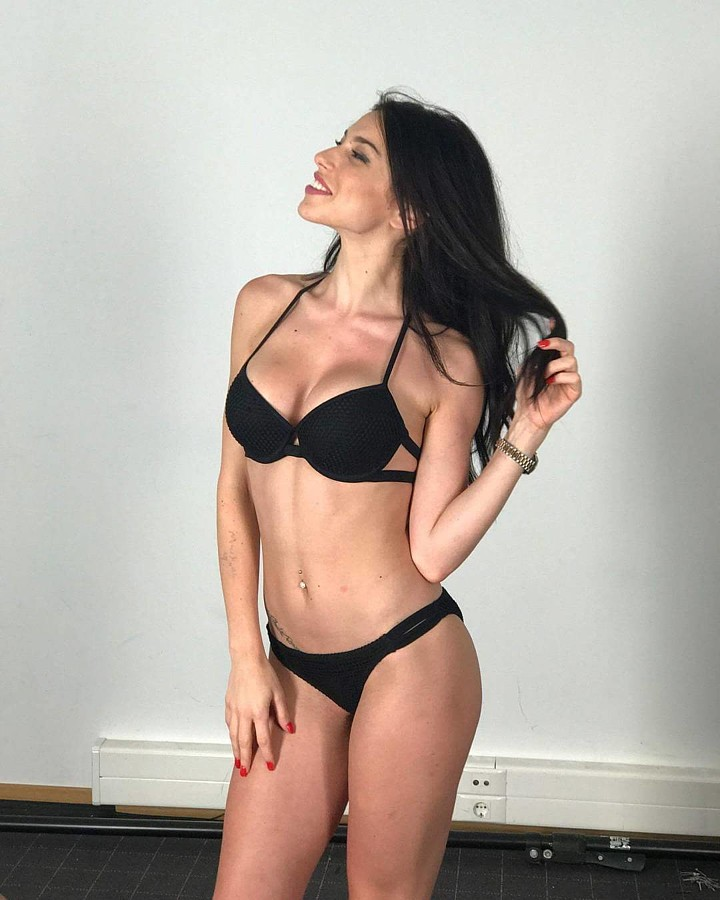 Irene Sterianou model (Ειρήνη Στεριανού μοντέλο). Photoshoot of model Irene Sterianou demonstrating Body Modeling.Body Modeling Photo #195239