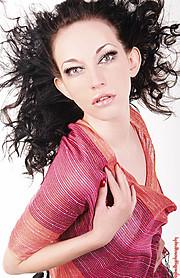 Iryna Bowman model. Photoshoot of model Iryna Bowman demonstrating Face Modeling.Face Modeling Photo #122660