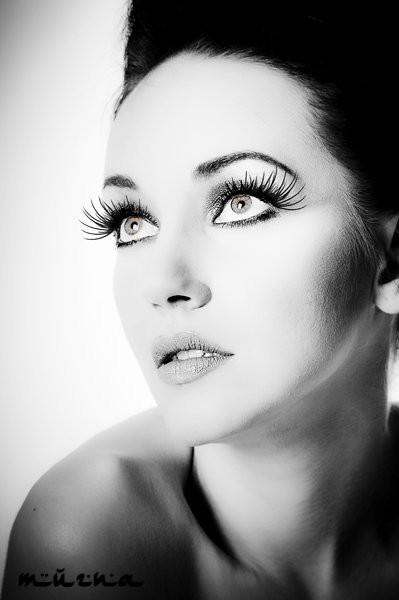 Iryna Bowman model. Photoshoot of model Iryna Bowman demonstrating Face Modeling.Face Modeling Photo #122667