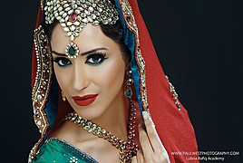 Ismat Saalim hair stylist & makeup artist. hair by hair stylist Ismat Saalim. Photo #59920