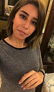 Israa Wahid model. Photoshoot of model Israa Wahid demonstrating Face Modeling.Face Modeling Photo #177656