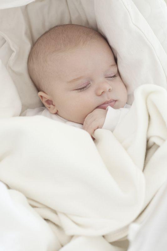 Ivan Mladenov photographer (fotograf). Work by photographer Ivan Mladenov demonstrating Baby Photography.Baby Photography Photo #92128
