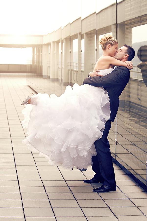Ivo Hercik photographer (fotograf). Work by photographer Ivo Hercik demonstrating Wedding Photography.Wedding Photography Photo #60185