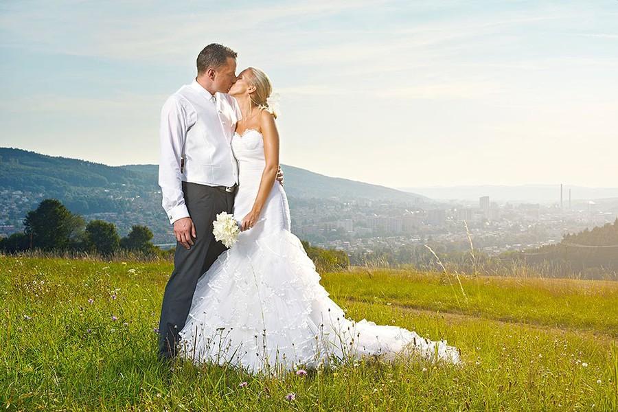 Ivo Hercik photographer (fotograf). Work by photographer Ivo Hercik demonstrating Wedding Photography.Wedding Photography Photo #60187