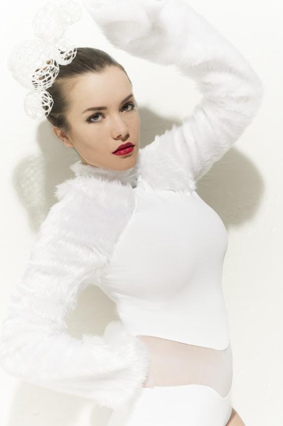 Izabelle Andersson model. Photoshoot of model Izabelle Andersson demonstrating Face Modeling.Face Modeling Photo #105275