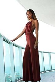 J Lynne Harris model. Photoshoot of model J Lynne Harris demonstrating Fashion Modeling.Fashion Modeling Photo #136496