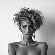 J Lynne Harris model. Photoshoot of model J Lynne Harris demonstrating Face Modeling.Face Modeling Photo #184273