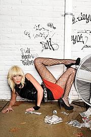 J Lynne Harris model. Photoshoot of model J Lynne Harris demonstrating Commercial Modeling.Commercial Modeling Photo #73637