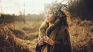 J Lynne Harris model. Photoshoot of model J Lynne Harris demonstrating Face Modeling.Face Modeling Photo #94936