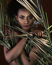 Jacinta Mungai model. Photoshoot of model Jacinta Mungai demonstrating Face Modeling.Face Modeling Photo #186884