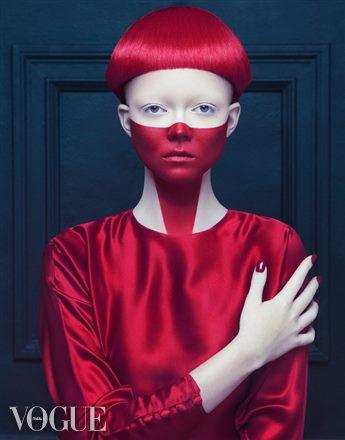 Jacqueline Rezak fashion stylist. styling by fashion stylist Jacqueline Rezak.Vogue ItaliaBowl Cut Photo #40958