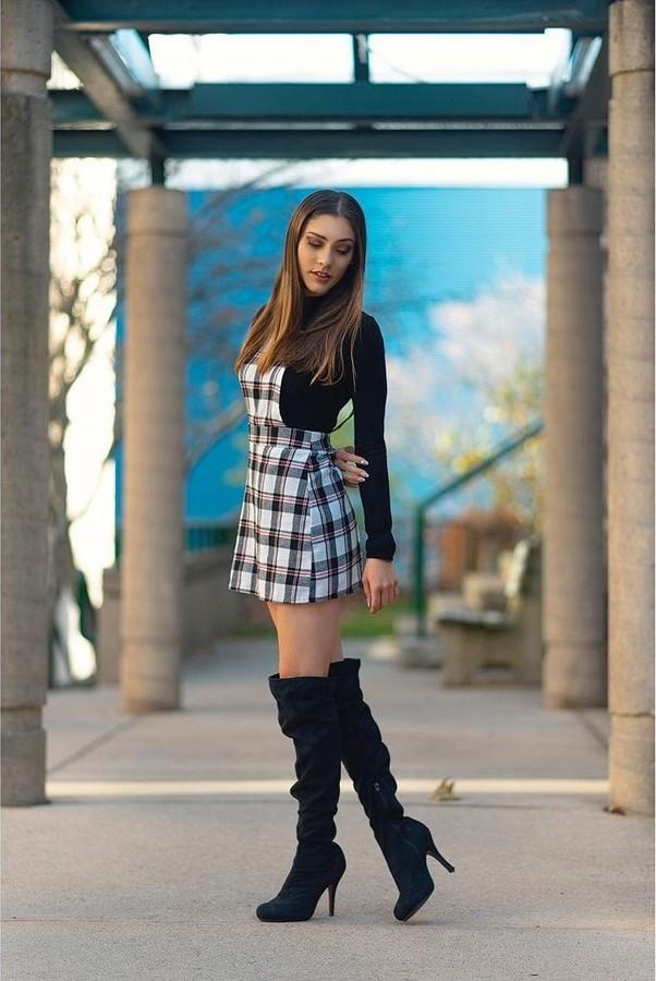 Jade Omardeen model. Photoshoot of model Jade Omardeen demonstrating Fashion Modeling.Fashion Modeling Photo #228117