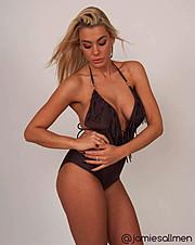 Jamie Sallmen (Jamie Sallmén) model. Photoshoot of model Jamie Sallmen demonstrating Body Modeling.Body Modeling Photo #102415