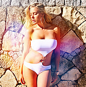 Jamie Sallmen (Jamie Sallmén) model. Photoshoot of model Jamie Sallmen demonstrating Body Modeling.Body Modeling Photo #102421