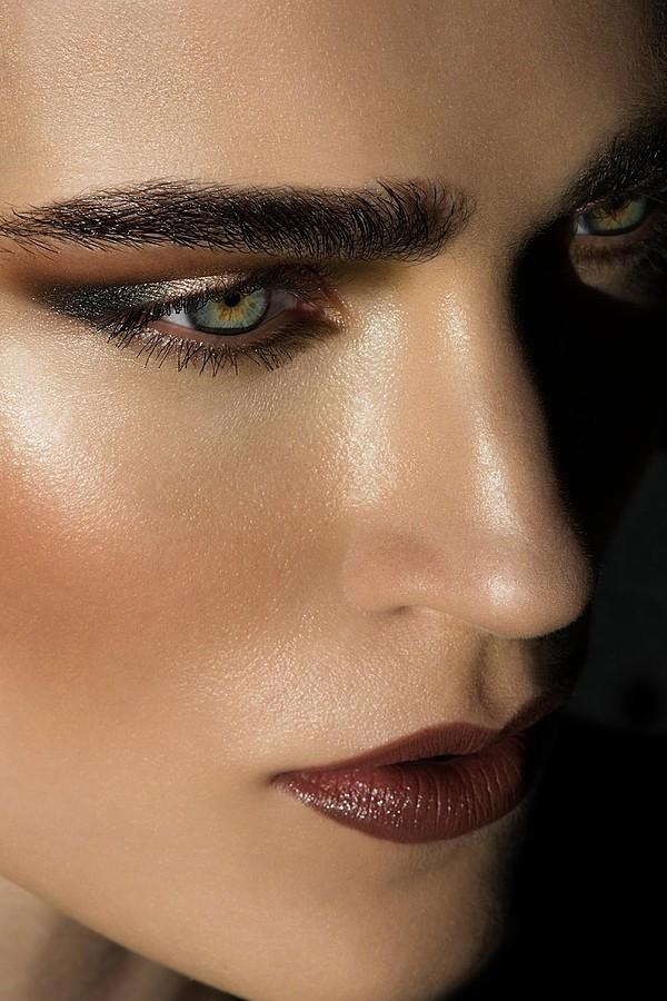 Jana Knauerova model. Photoshoot of model Jana Knauerova demonstrating Face Modeling.Face Modeling Photo #175423
