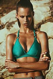 Janaina Reis model (modelo). Photoshoot of model Janaina Reis demonstrating Face Modeling.Face Modeling Photo #113586