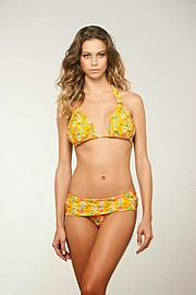 Janaina Reis model (modelo). Photoshoot of model Janaina Reis demonstrating Body Modeling.Body Modeling Photo #113606