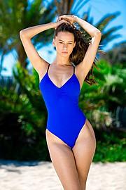 Janaina Reis model (modelo). Photoshoot of model Janaina Reis demonstrating Body Modeling.Body Modeling Photo #147459