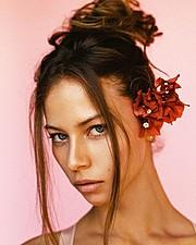 Janaina Reis model (modelo). Photoshoot of model Janaina Reis demonstrating Face Modeling.Face Modeling Photo #171651