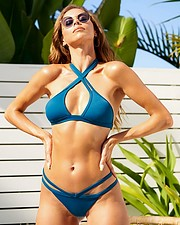 Janaina Reis model (modelo). Photoshoot of model Janaina Reis demonstrating Body Modeling.Body Modeling Photo #230100