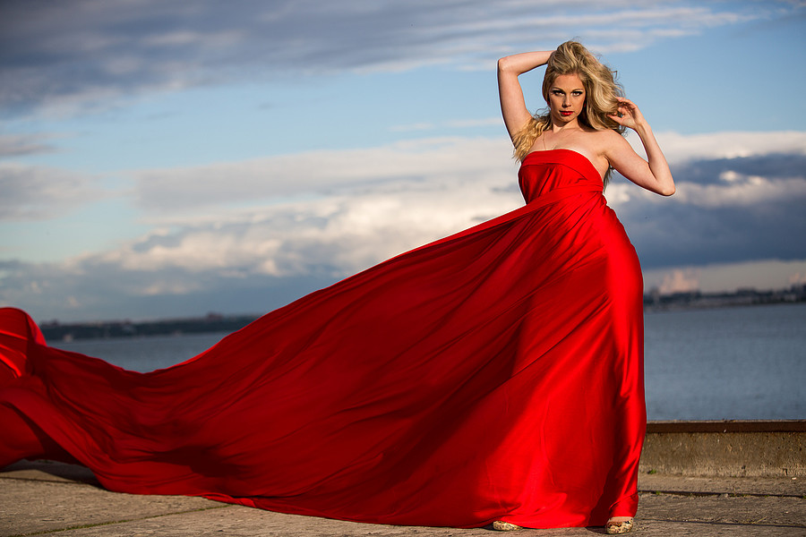 Jarmo Pertman photographer (fotograaf). Modeling work by model Kristi Sepri.model Kristi SepriMUA: Kadi EenmaaEvening Dress Photo #58809