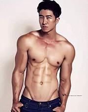 Jason Chee fitness model. Photoshoot of model Jason Chee demonstrating Body Modeling.Body Modeling Photo #103458