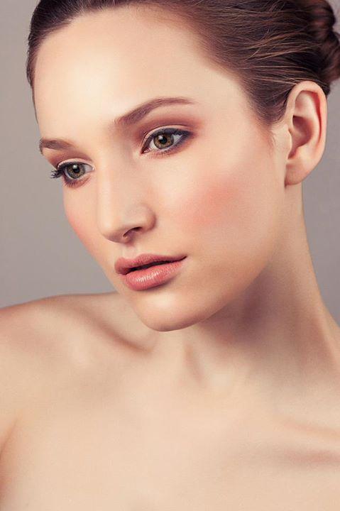 Jeanette Schwarz Makeup Artist